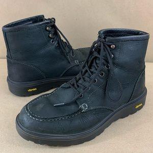 Danner Bull Run moc toe black leather work boots